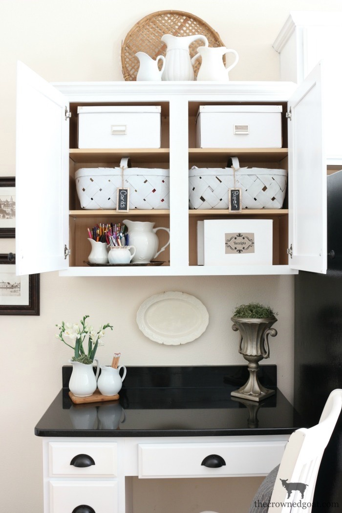 Spring-Cleaning-and-Organizing-Tasks-The-Crowned-Goat-4 Spring Cleaning & Organizing Task List Made Easy Organization