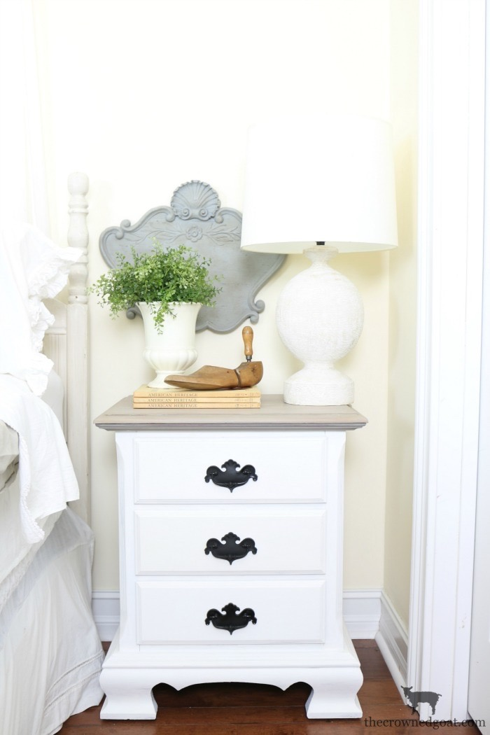 DIY-French-Inspired-Wall-Plaque-The-Crowned-Goat-12 French Inspired Wall Plaque Decorating DIY Loblolly_Manor