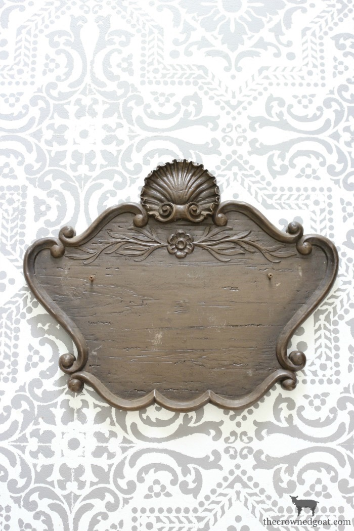 DIY-French-Inspired-Wall-Plaque-The-Crowned-Goat-3 French Inspired Wall Plaque Decorating DIY Loblolly_Manor