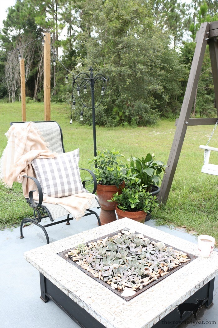 Create-an-outdoor-seating-area-with-succulents-The-Crowned-Goat-16 Don't Trash Your Old Firepit DIY Summer