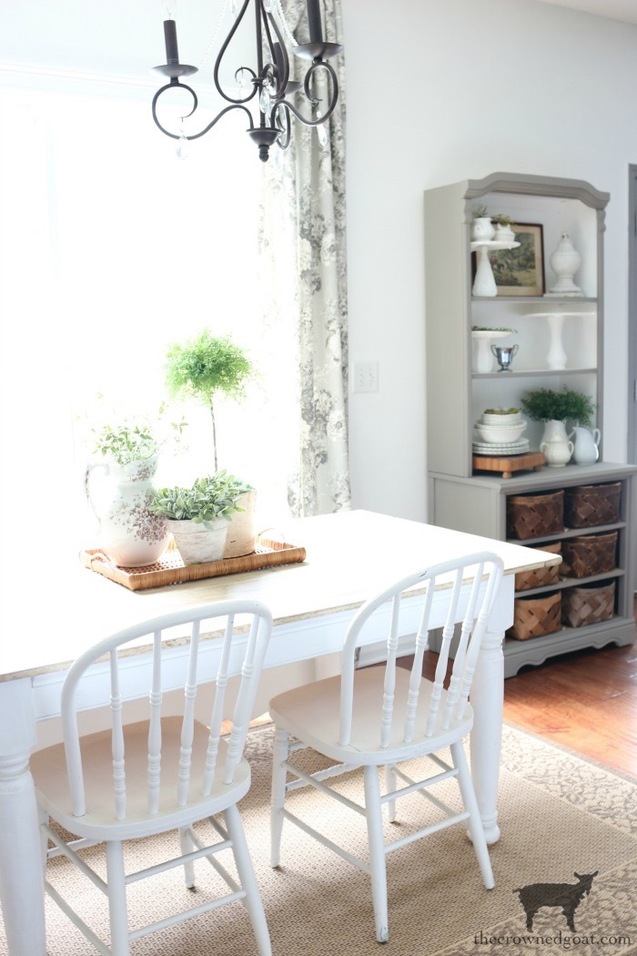 Breakfast-Nook-Makeover-Reveal-The-Crowned-Goat-9 Breakfast Nook Makeover Reveal Decorating DIY