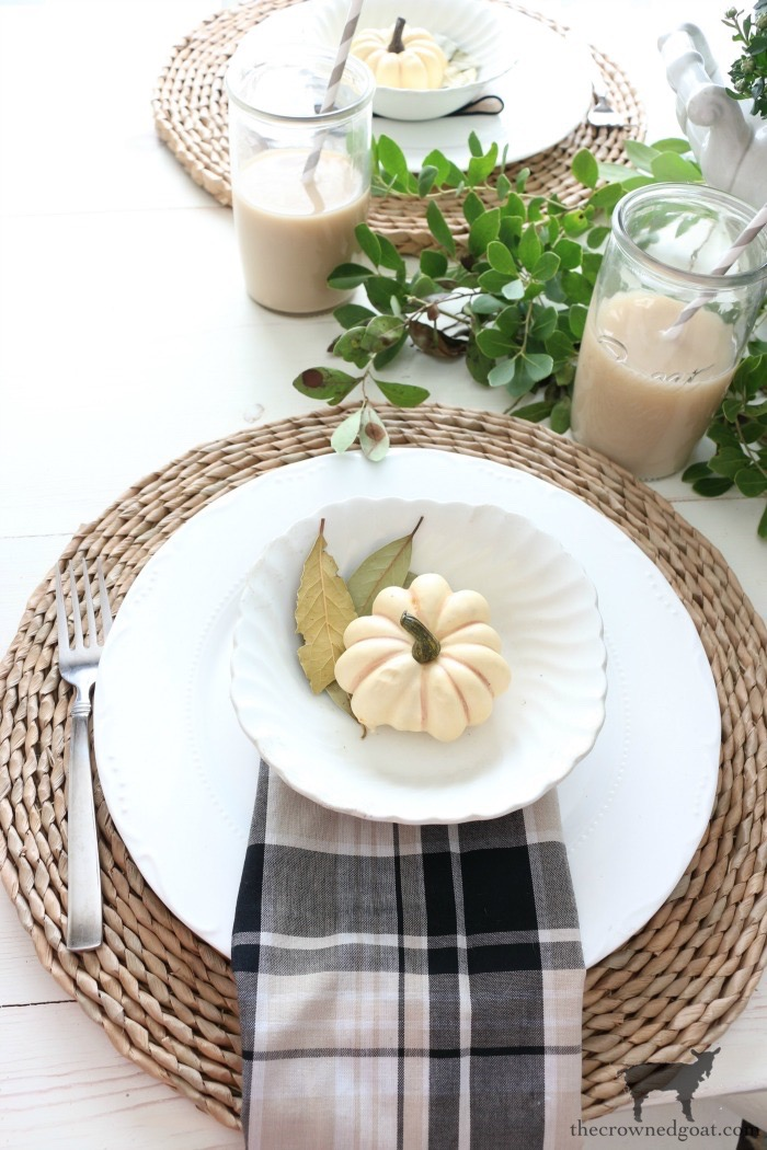 Easy-Ways-to-Find-Fall-Inspiration-The-Crowned-Goat-9 9 Quick & Easy Ways to Find Fall Inspiration Decorating Fall Organization