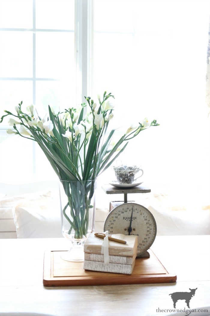 How-to-Create-Easy-Table-Vignettes-The-Crowned-Goat-9-1 From the Front Porch From the Front Porch