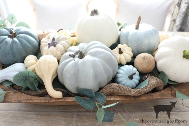Creating-an-Heirloom-Pumpkin-Centerpiece-The-Crowned-Goat-10 Quick & Easy Heirloom Pumpkin Centerpiece Decorating DIY Fall