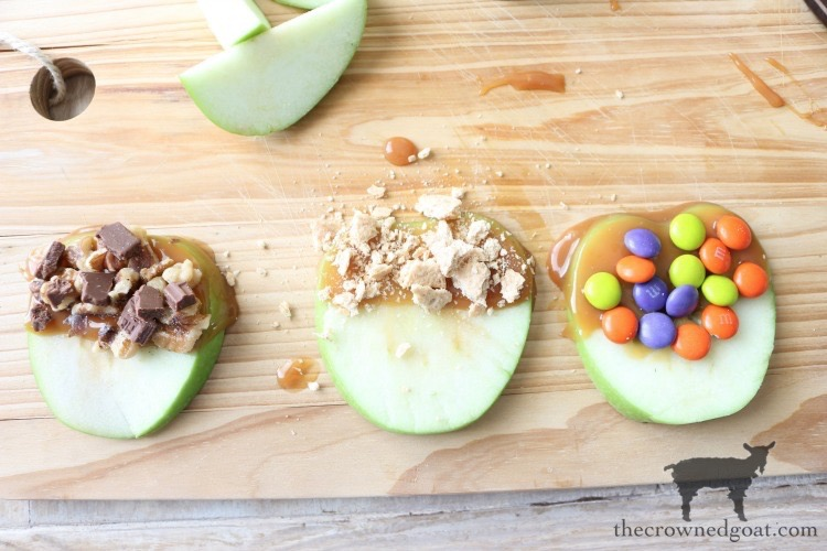 Easy-Caramel-Apple-Slices-The-Crowned-Goat-9 Quick & Easy Caramel Apple Slices Fall