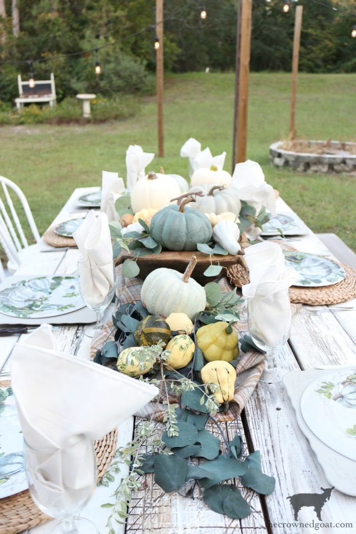 Fall-Inspired-Outdoor-Tablescape-The-Crowned-Goat-8 Fall Inspired Outdoor Tablescape Decorating DIY Fall