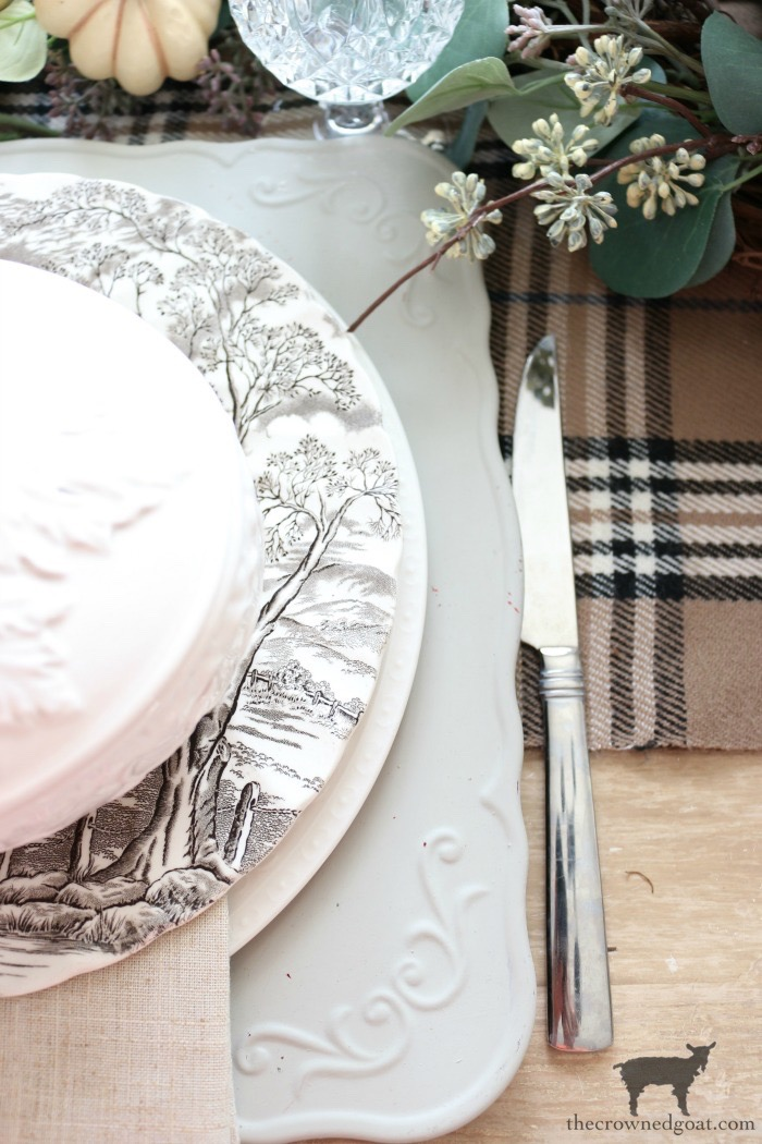 Simple-Thanksgiving-Tablescape-Ideas-The-Crowned-Goat-11 Simple Thanksgiving Tablescape Ideas Decorating Thanksgiving