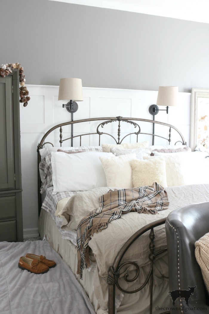 Christmas-Inspired-Bedroom-Ideas-The-Crowned-Goat-5 A Christmas Inspired Bedroom Christmas Holidays