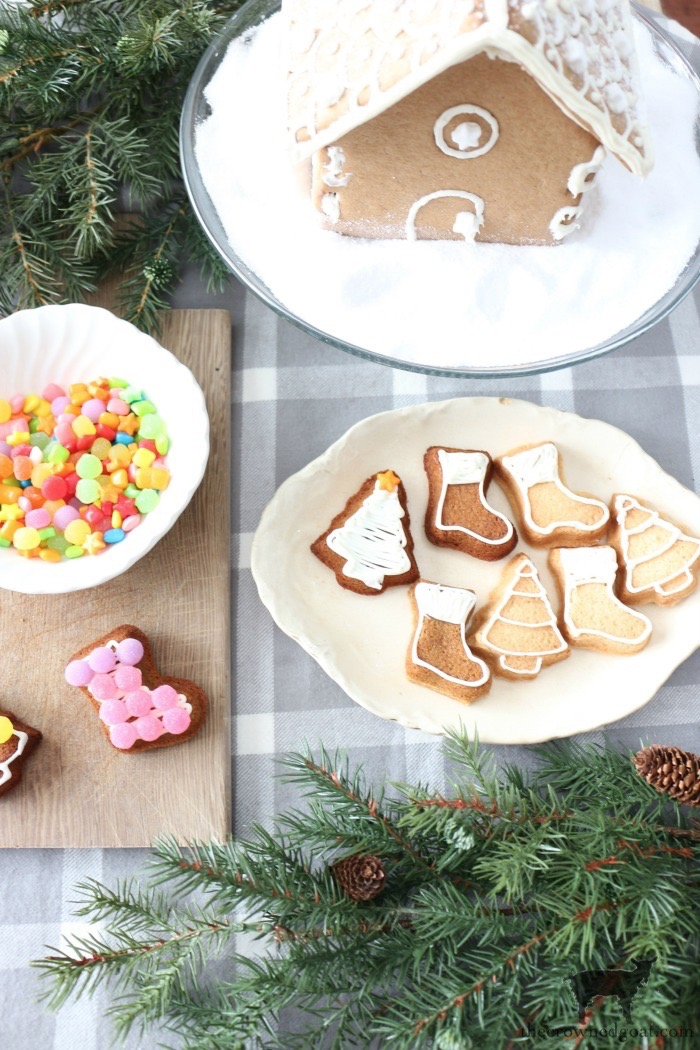 How To Make Gingerbread Cookies From A Sugar Cookie Mix The