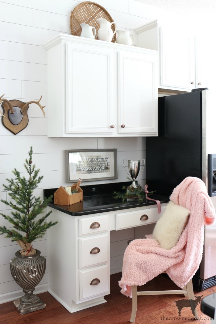 Simple-Christmas-Kitchen-Ideas-The-Crowned-Goat-7 Christmas Inspired Kitchen Christmas Holidays