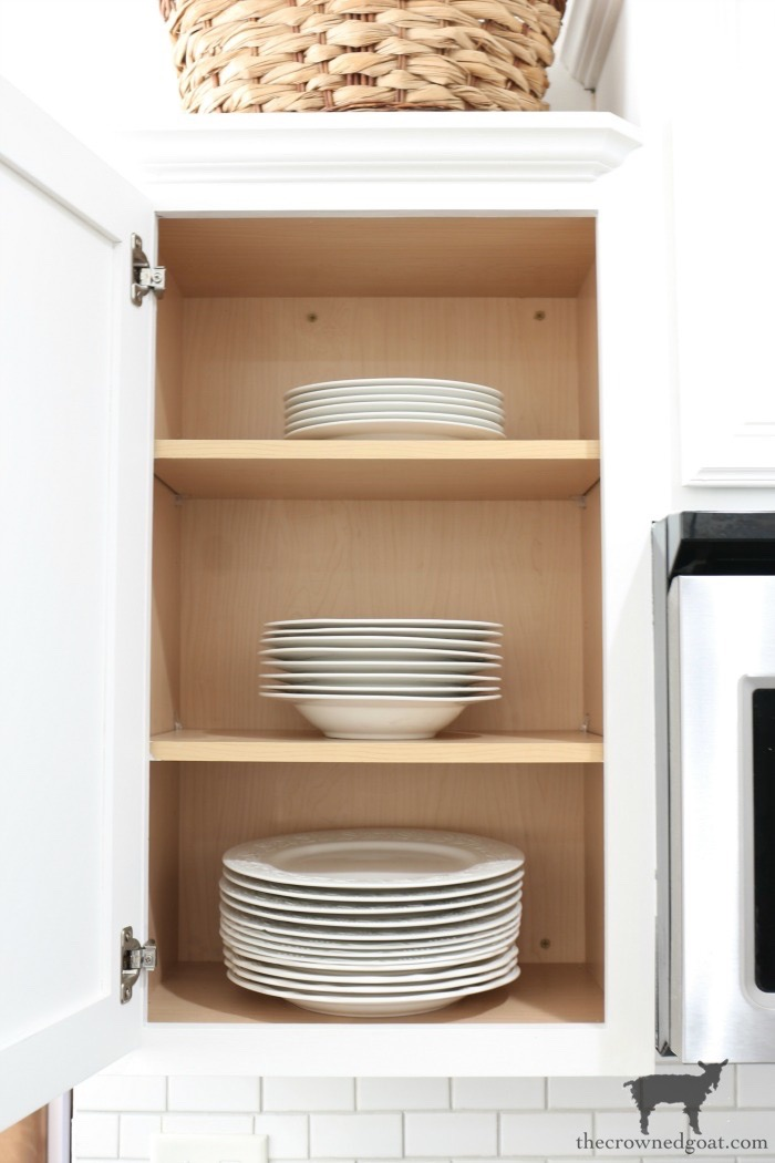How-to-Create-Work-Zones-in-the-Kitchen-The-Crowned-Goat-6 How to Organize Your Kitchen into Work-Friendly Zones DIY Organization