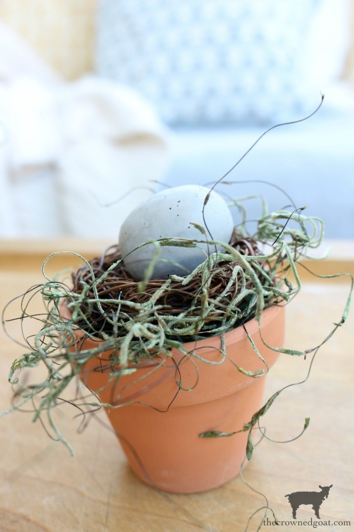 DIY-Birds-Nest-in-Clay-Pot-The-Crowned-Goat-10 DIY Bird's Nest Decorating DIY Holidays Spring