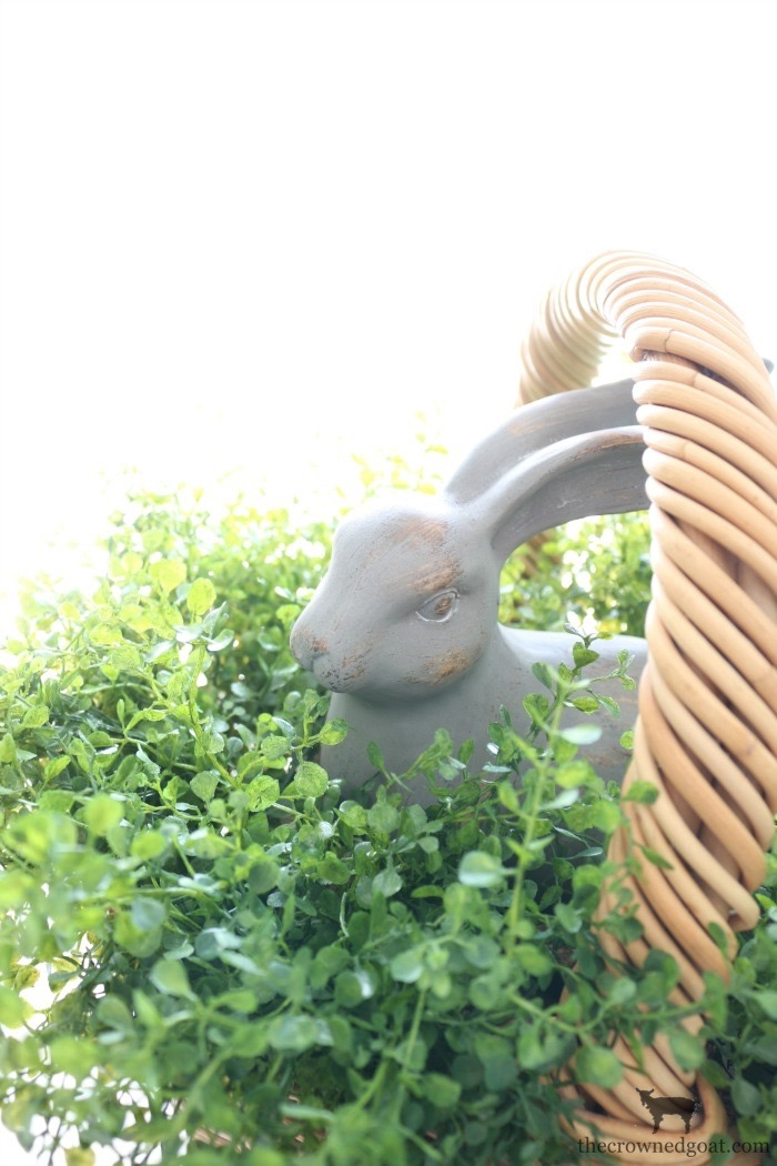 How-to-Make-a-Simple-Easter-Basket-Centerpiece-The-Crowned-Goat-12 From the Front Porch From the Front Porch