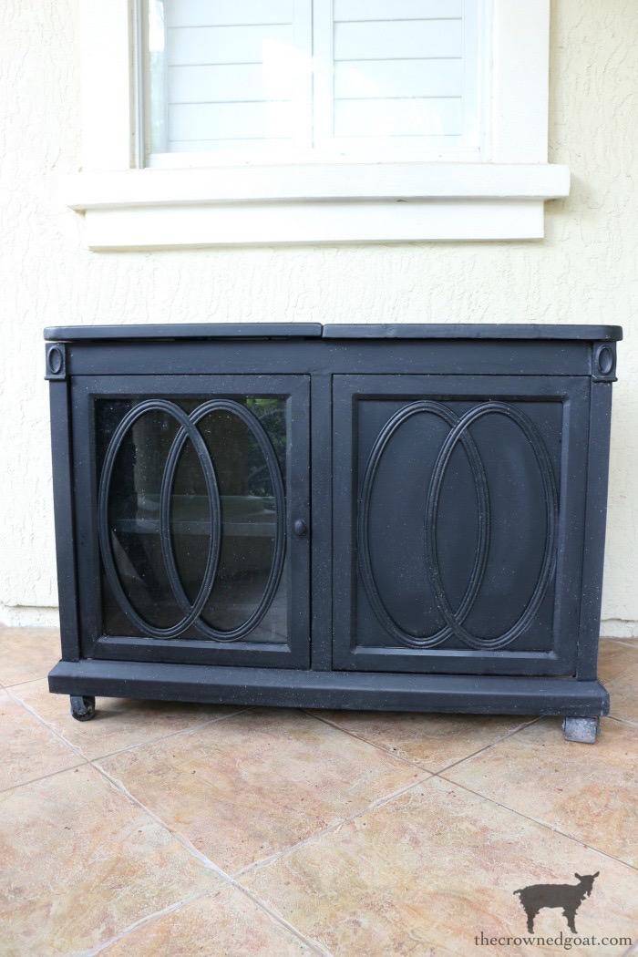 Outdoor-Buffet-Hutch-French-Linen-The-Crowned-Goat-1 Outdoor Hutch & Buffet in French Linen Decorating DIY Painted Furniture