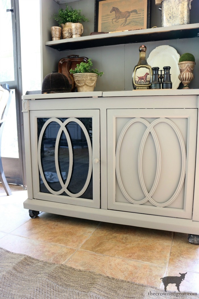 Outdoor-Buffet-Hutch-French-Linen-The-Crowned-Goat-2 Outdoor Hutch & Buffet in French Linen Decorating DIY Painted Furniture