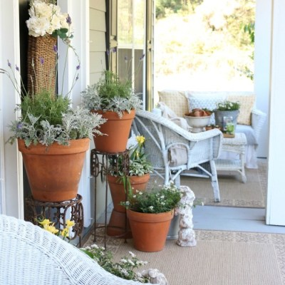 Spring Front Porch Inspiration & Blog Hop