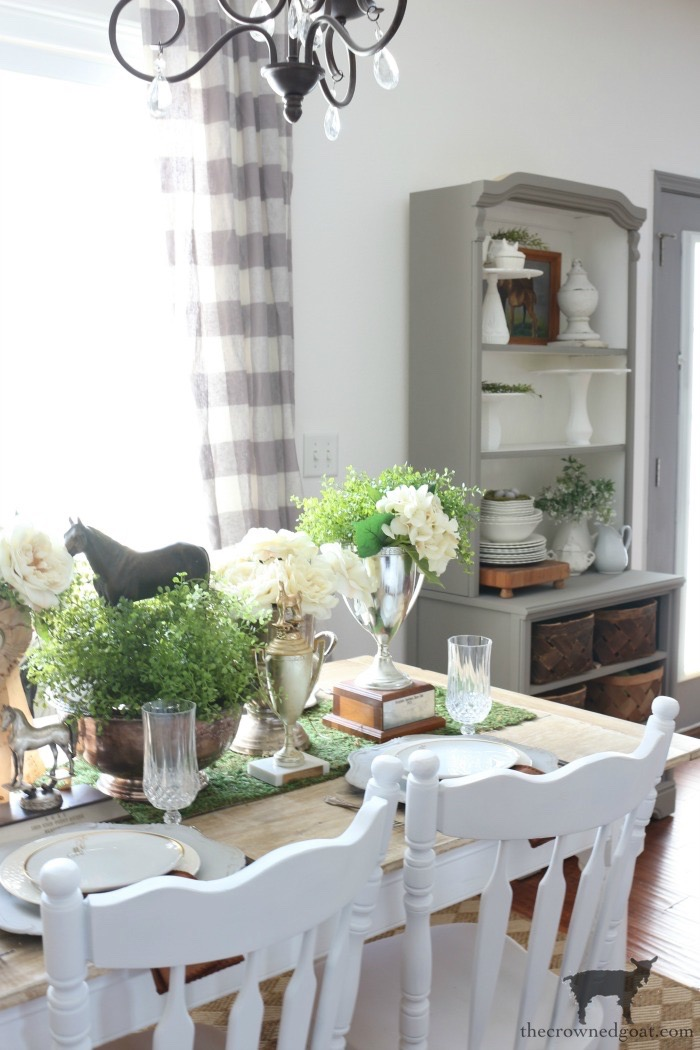 Kentucky-Derby-Tablescape-The-Crowned-Goat-16 Kentucky Derby Tablescape Decorating DIY