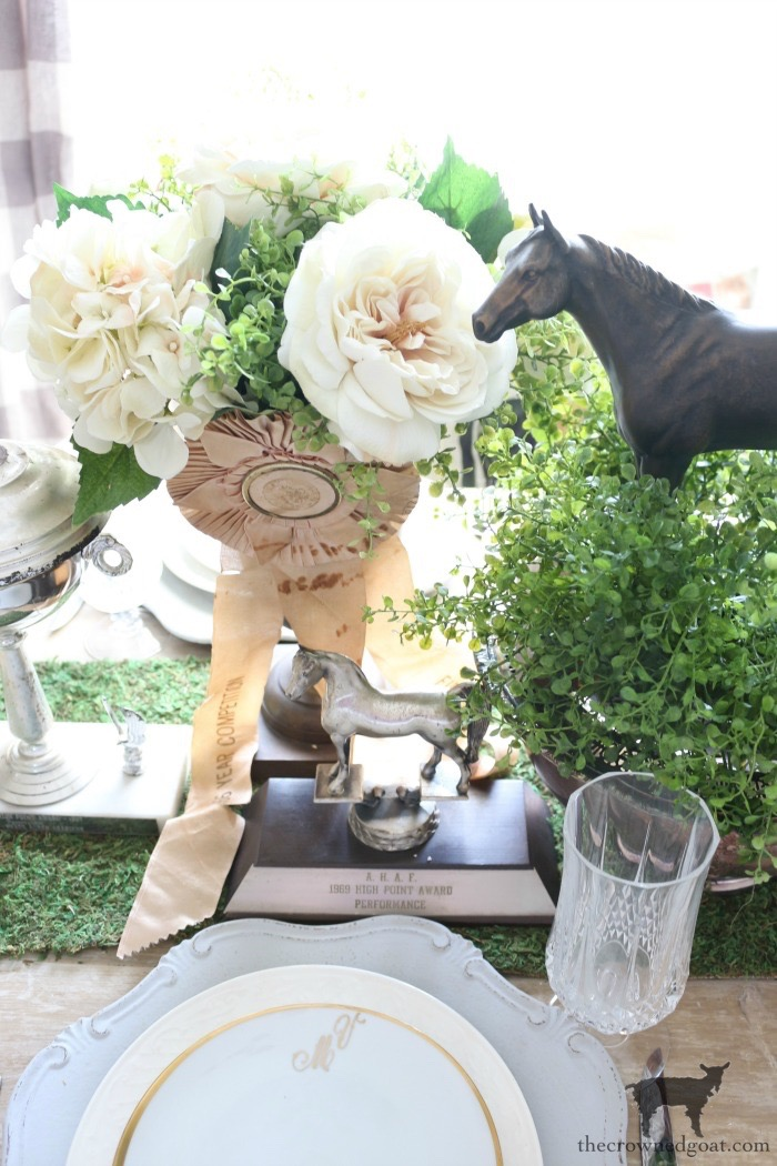 Kentucky-Derby-Tablescape-The-Crowned-Goat-4 Kentucky Derby Tablescape Decorating DIY
