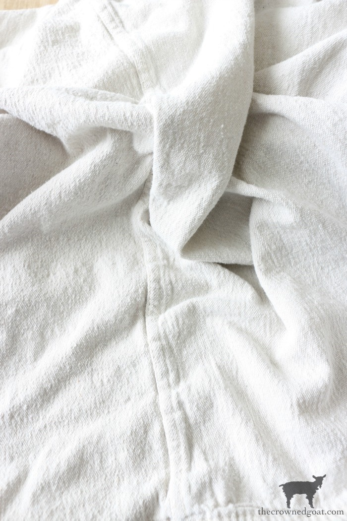 DIY-French-Linen-Bed-Scarf-The-Crowned-Goat-3 French Linen Inspired Bed Scarf Decorating DIY
