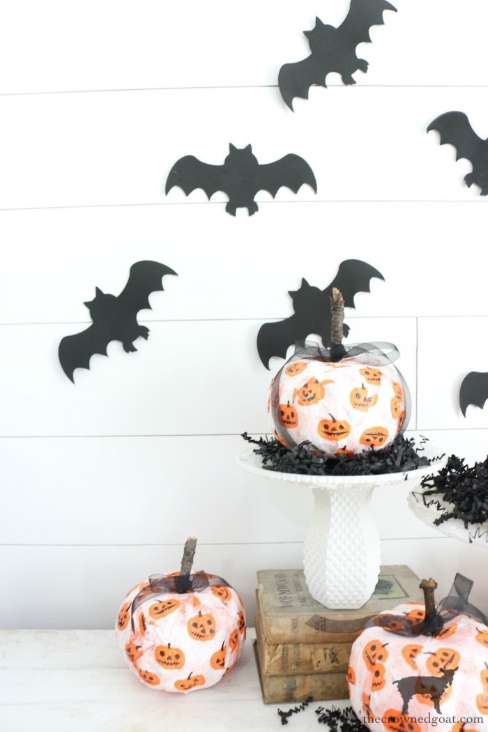 Easy-DIY-Halloween-Decorations-The-Crowned-Goat-12 Easy DIY Halloween Decorations Crafts Fall Holidays