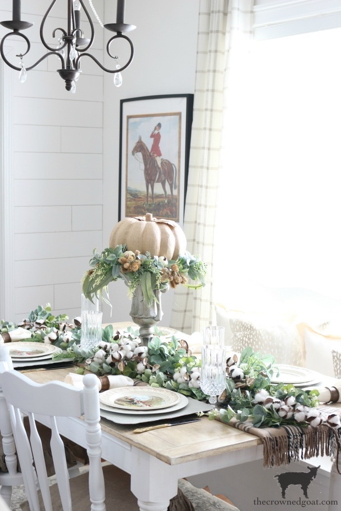 Easy-Fall-Tablescape-Ideas-The-Crowned-Goat-14 Easy Fall Tablescape Ideas Decorating Fall Holidays