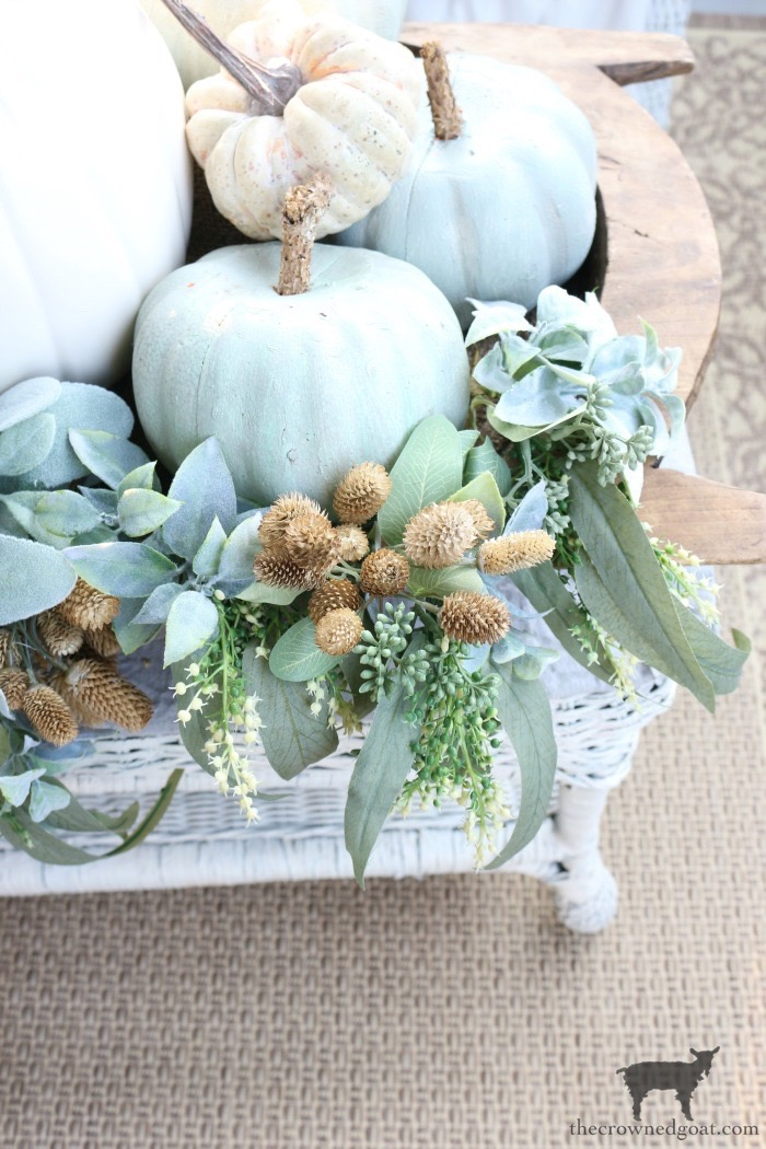 Fall-Porch-Decorating-Ideas-The-Crowned-Goat-10 Fall Porch Decorating Ideas Fall Holidays