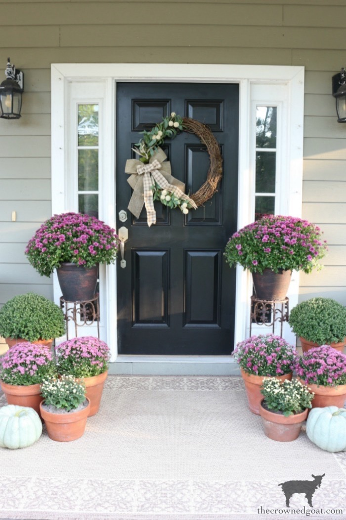 Fall-Porch-Decorating-Ideas-The-Crowned-Goat-19 Fall Porch Decorating Ideas Fall Holidays