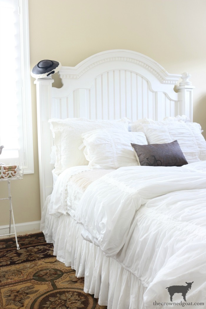 Blue-and-White-Guest-Bedroom-Refresh-The-Crowned-Goat-12 Blue and White Guest Bedroom Refresh Bliss Barracks Decorating DIY