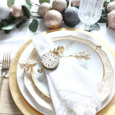 Last Minute New Year's Eve Tablescape Ideas