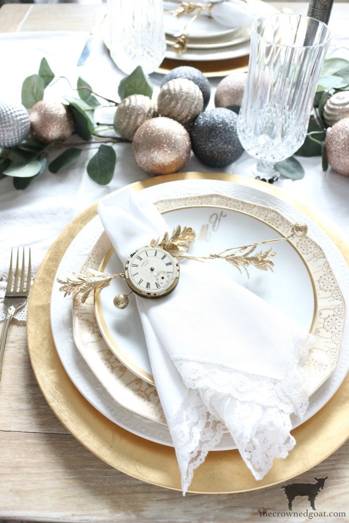 Last-Minute-New-Years-Eve-Tablescape-Ideas-The-Crowned-Goat-17 Last Minute New Year's Eve Tablescape Ideas Holidays