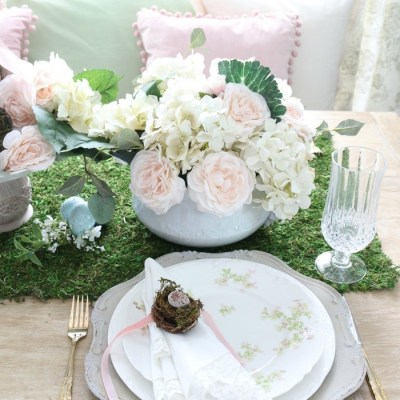 Spring Flowers Inspired Tablescape & Blog Hop