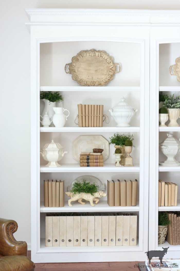 Easy-Tips-for-Styling-a-Bookcase-The-Crowned-Goat-9 Easy Tips for Styling a Bookcase Decorating DIY