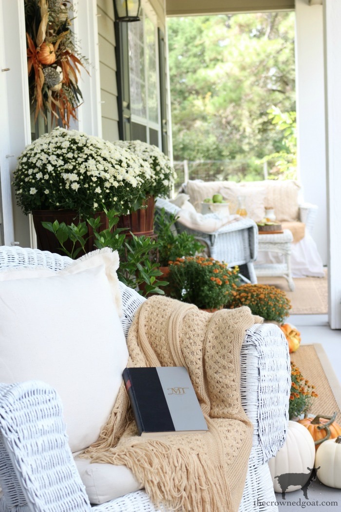 Fall-Front-Porch-Tour-The-Crowned-Goat-3 Fall Monthly Bucket List Ideas Celebrating Life Fall Holidays