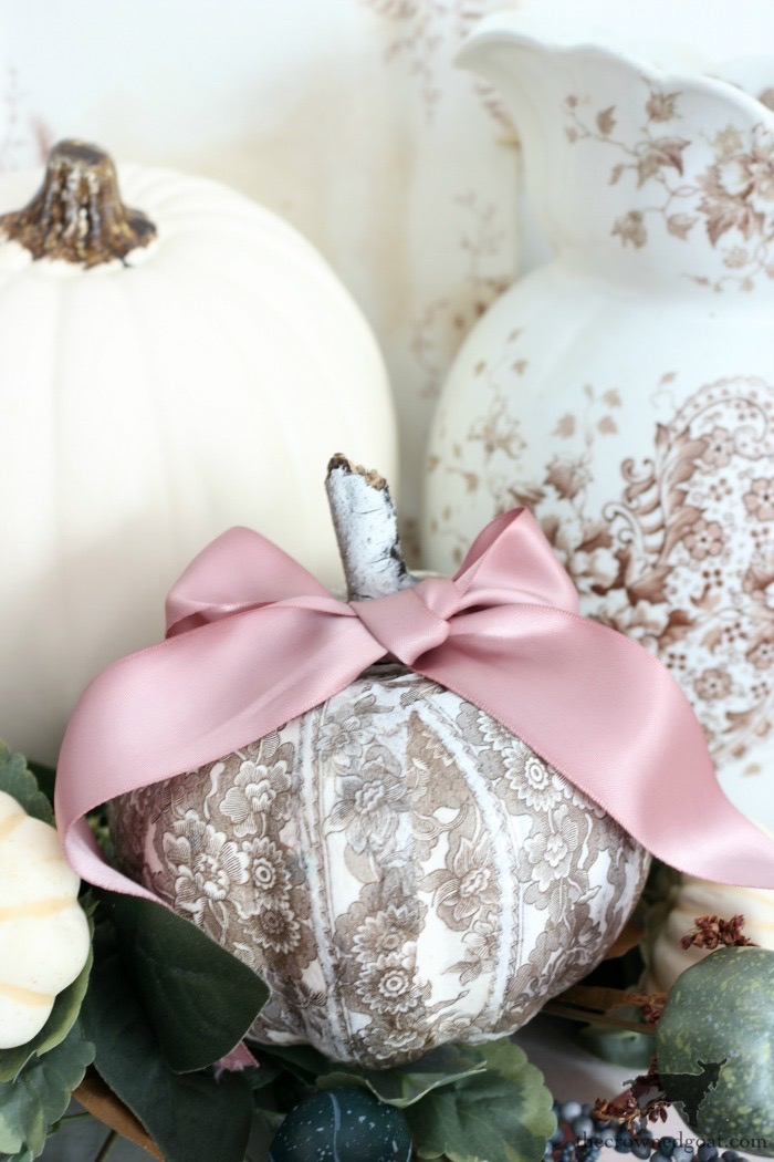 DIY-Brown-and-White-Transferware-Pumpkins-The-Crowned-Goat-6 Brown and White Transferware Pumpkins Crafts Fall Holidays