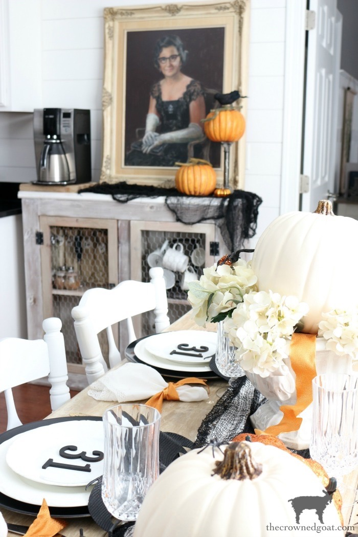 Last-Minute-Halloween-Tablescape-Ideas-The-Crowned-Goat-2 Last Minute Halloween Tablescape Ideas Fall Halloween Holidays