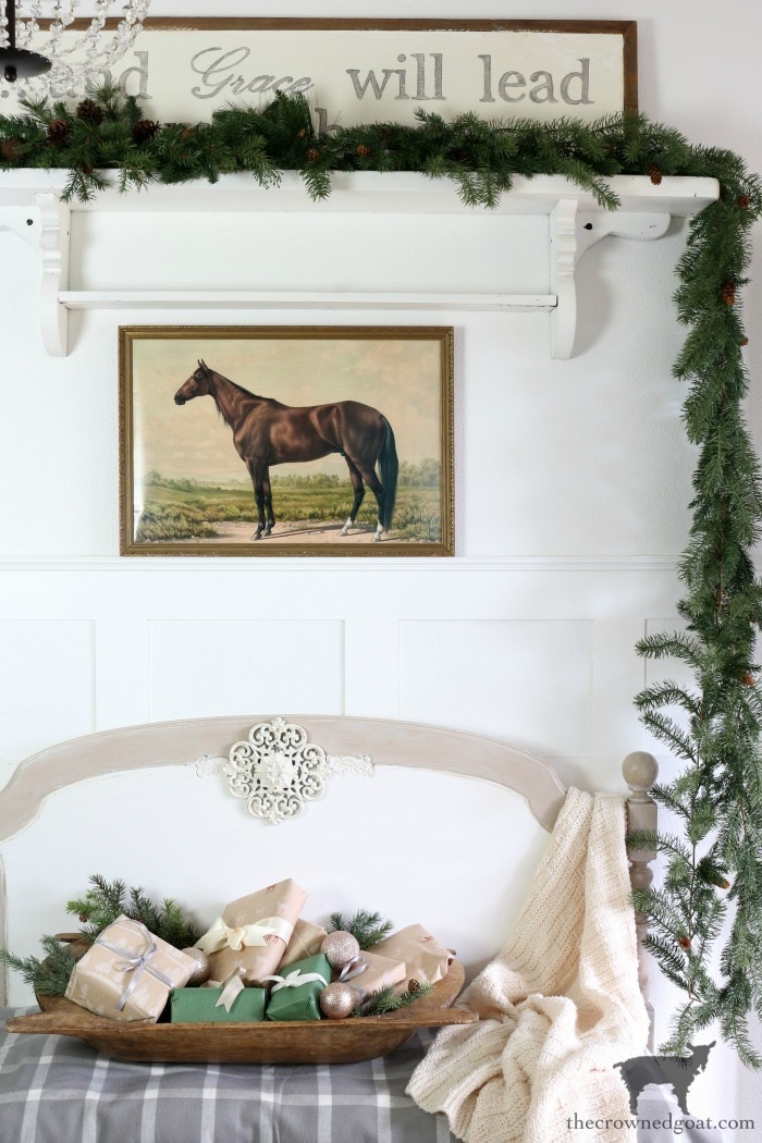 Effortless-Christmas-Entry-Décor-The-Crowned-Goat-18 Effortless Christmas Centerpiece Ideas Christmas Holidays