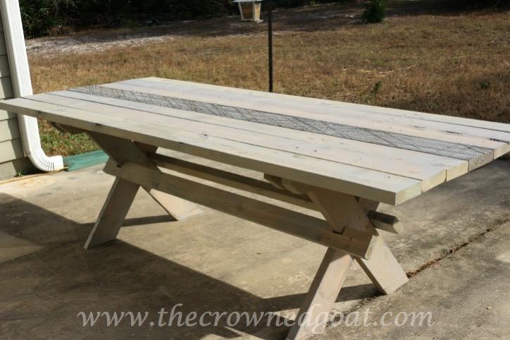 010615-14 Farmhouse Style Outdoor Table