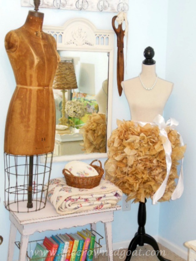 vintage Dress Forms - The Crowned Goat - 071515-8