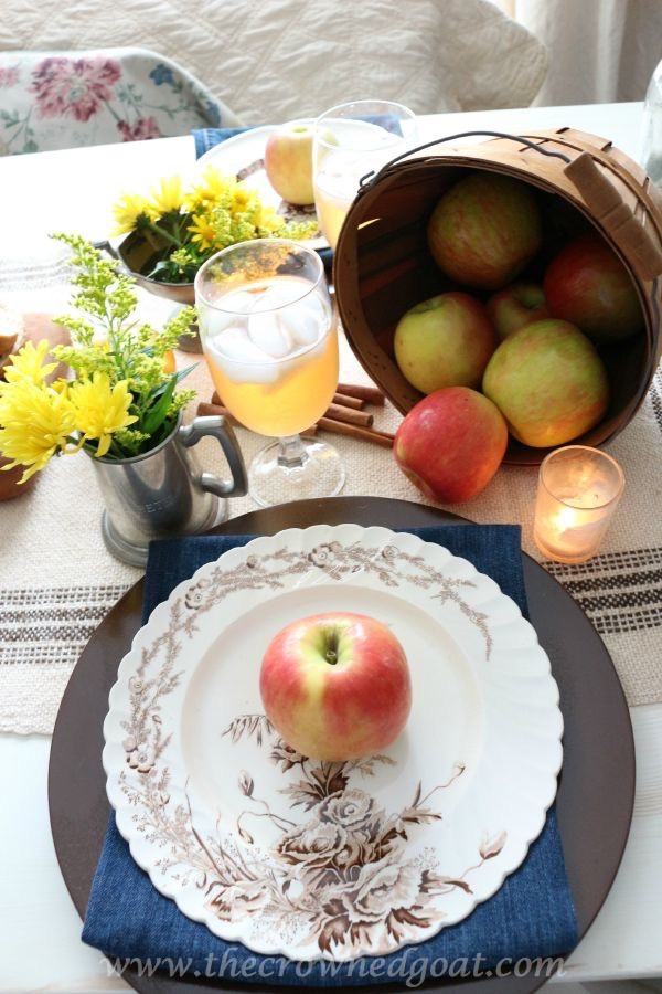 Autumn Apple Inspired Tablescape 100815-23