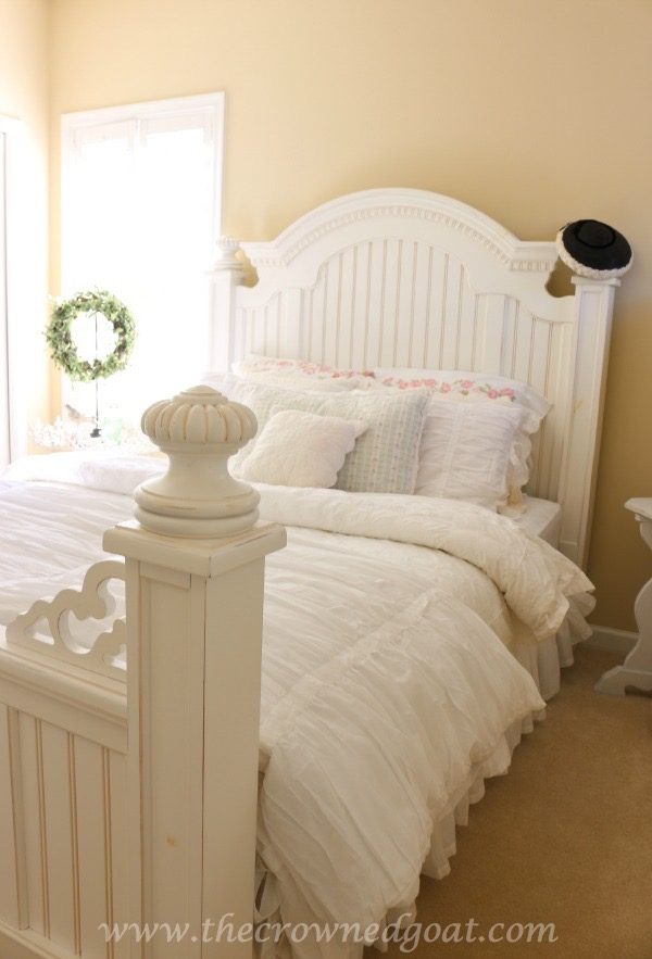 How to Make a Cozy Guest Bed