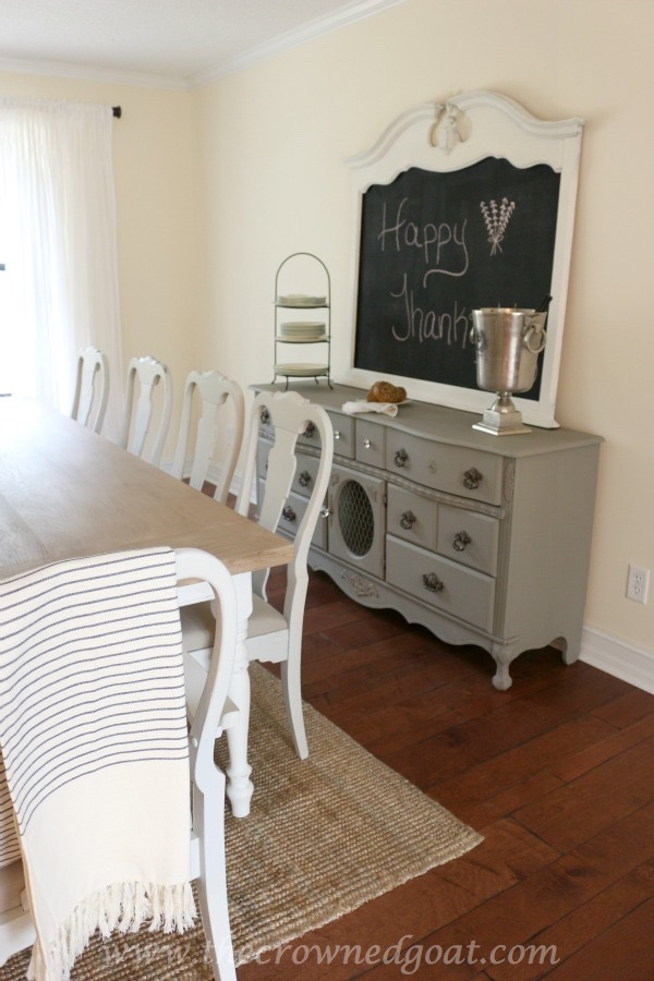 Using Paint to Create a Restoration Hardware Inspired Tabletop