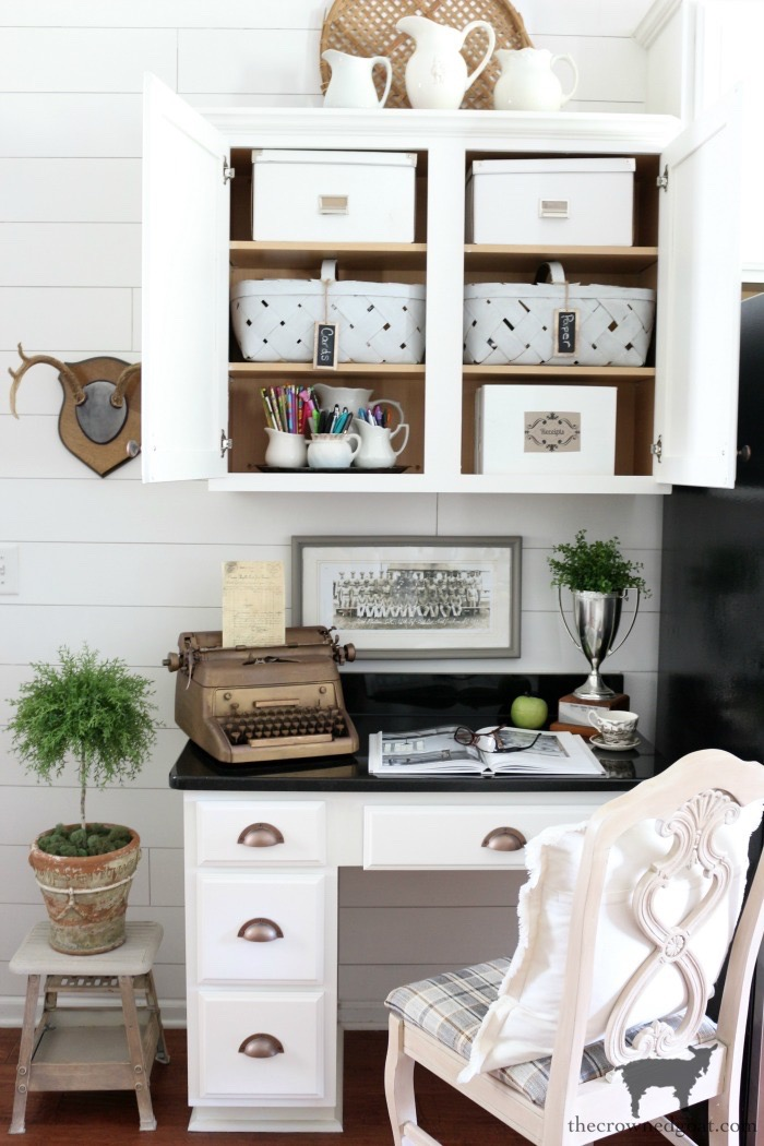 10 Tips for a More Organized Life - Built In Kitchen Desk - The Crowned Goat
