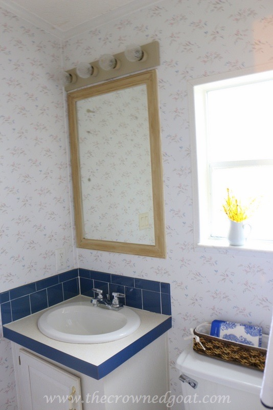 Spray Painting Fixtures and a Bathroom Makeover