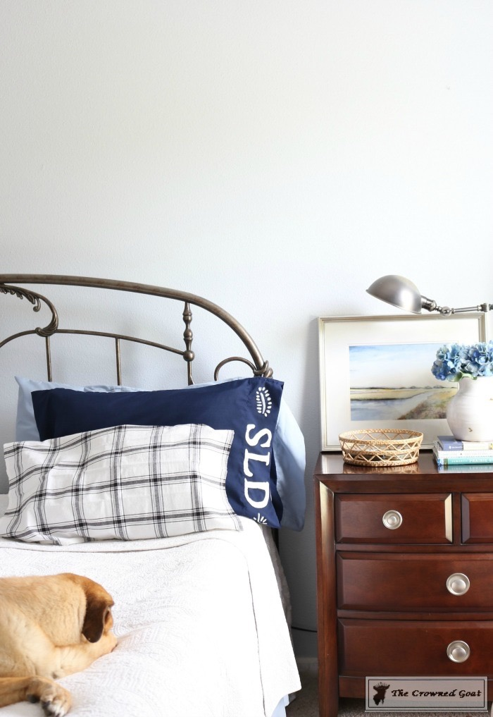 Personalize Pillowcases with Chalk Paint-15