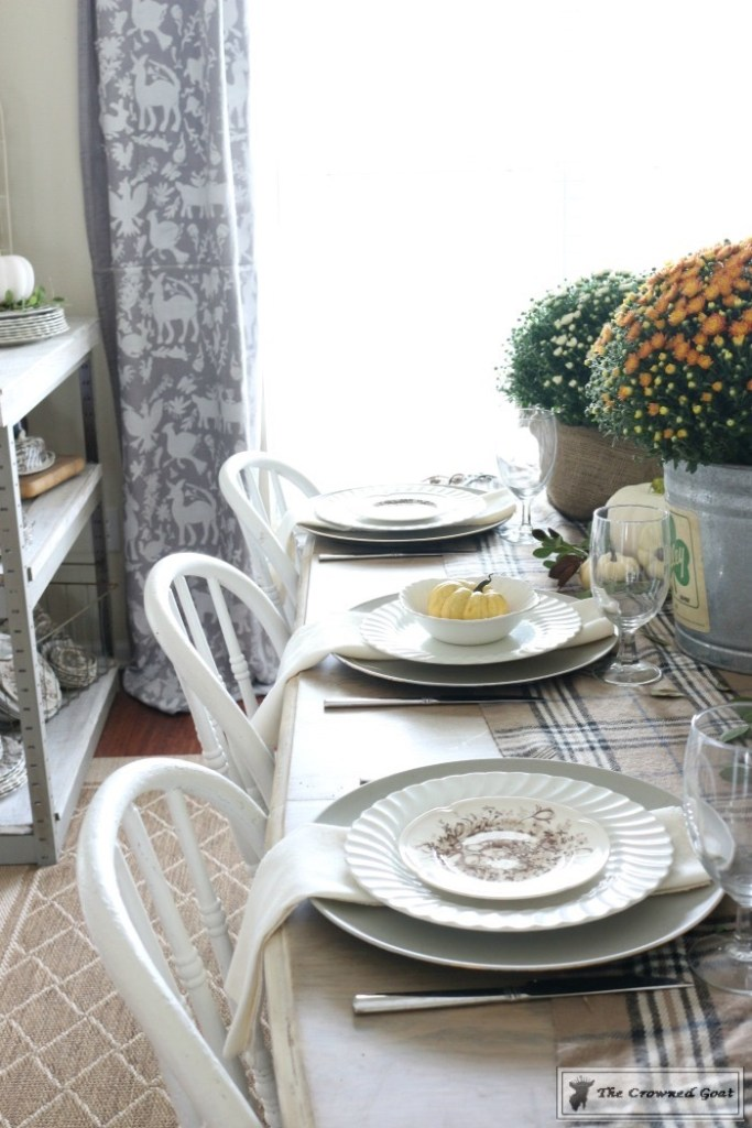 fall-decorating-in-the-dining-room-5