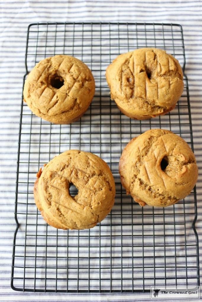 salted-caramel-pumpkin-bundt-cakes-7