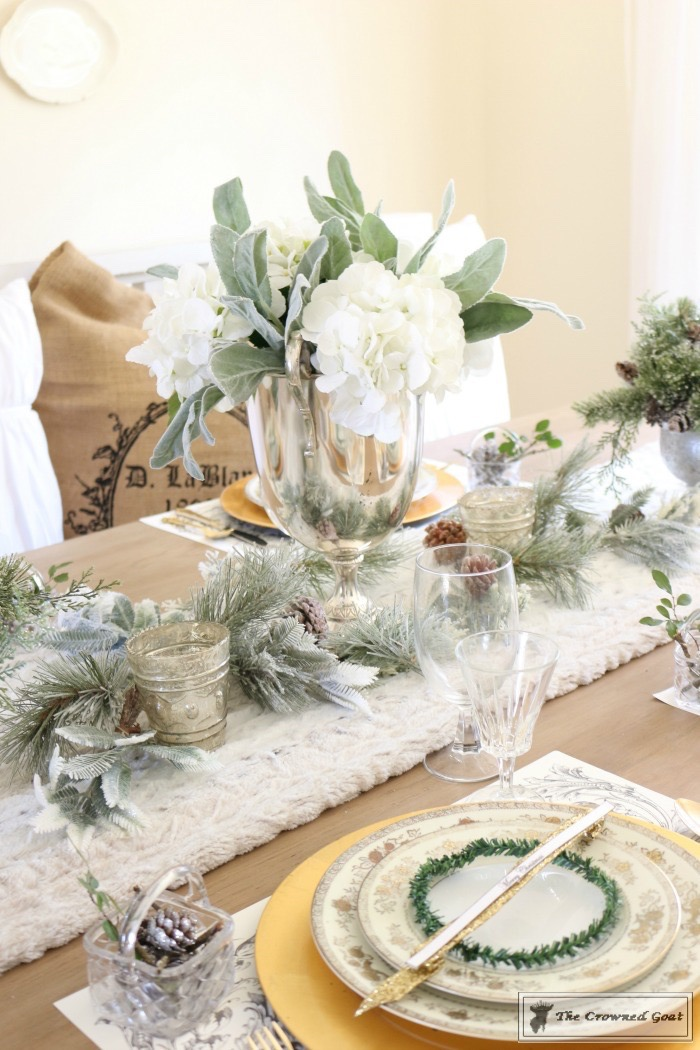 Christmas Dining Room at Loblolly Manor