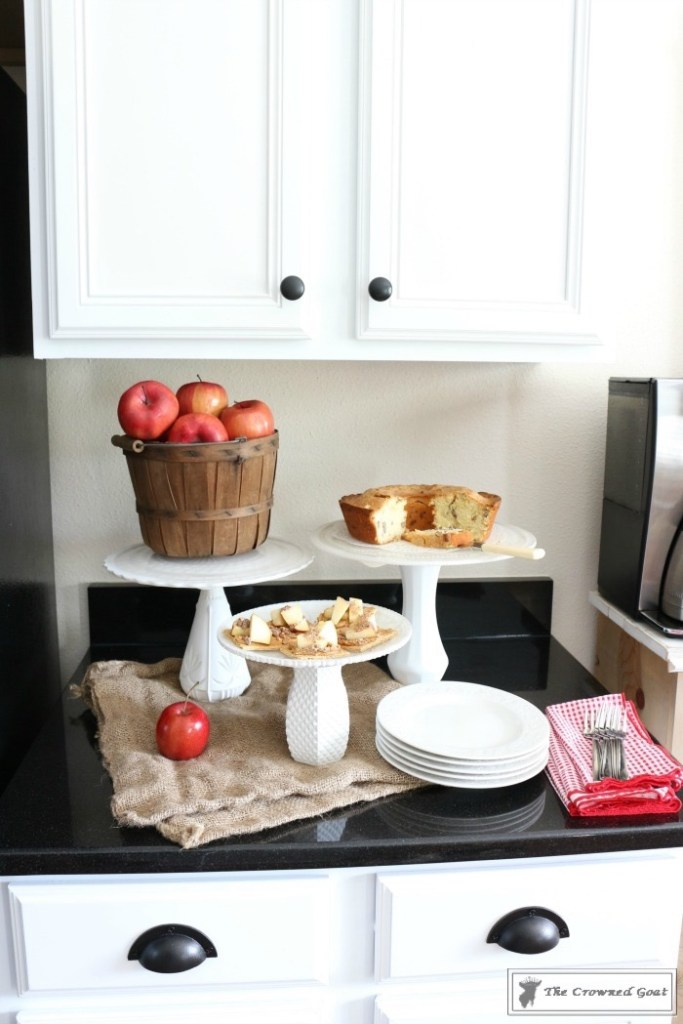 How to Decorate for Fall with Apples-15