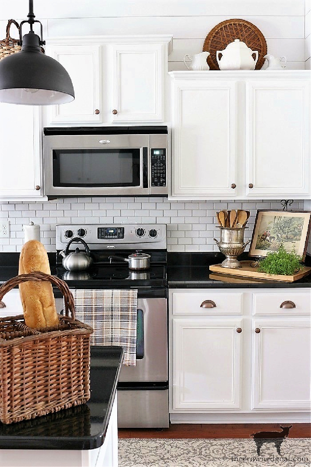 5 Key Spaces to Organize Before School Starts-The Kitchen-The Crowned Goat