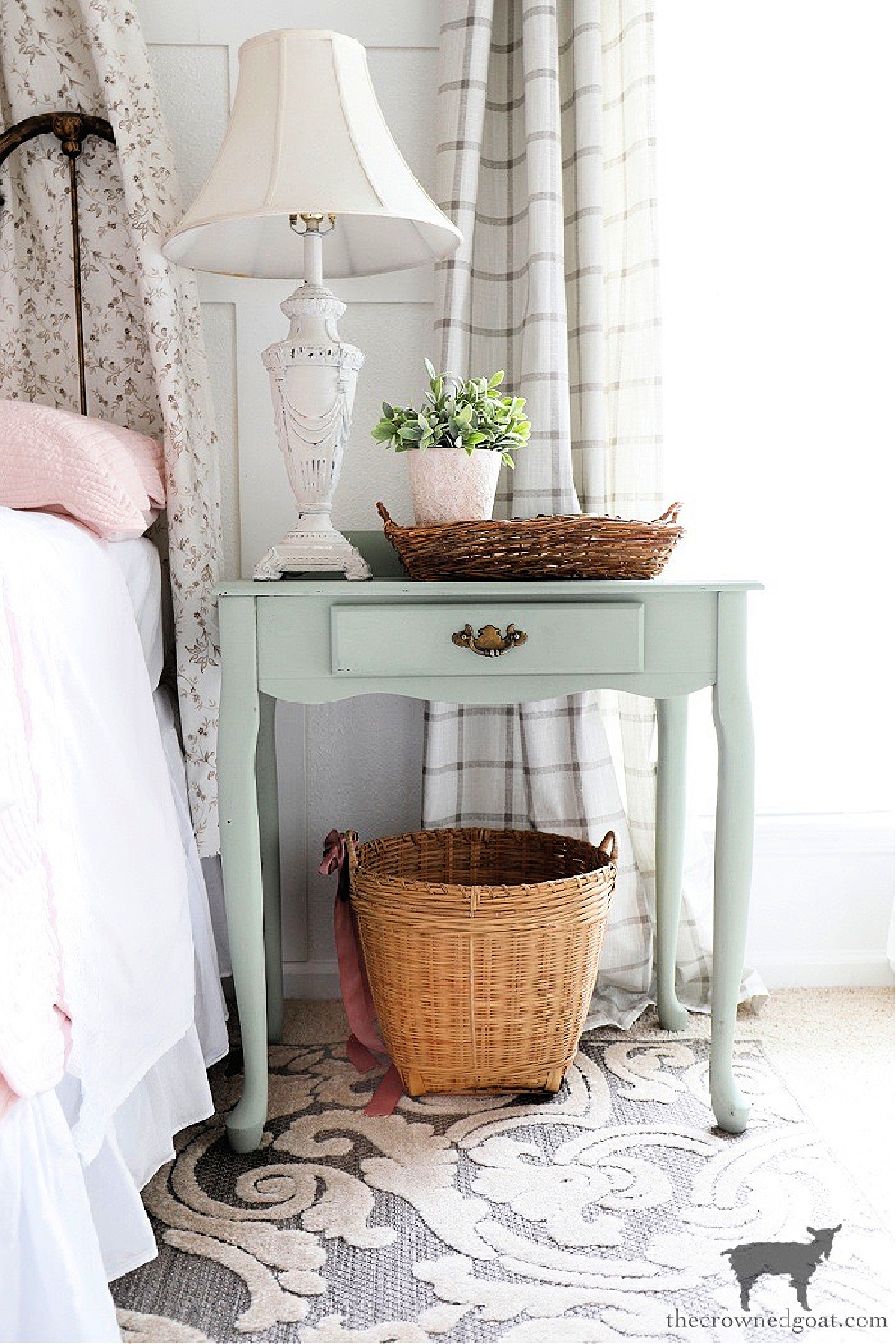 Quick and Easy Lamp Makeover